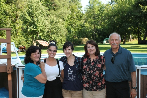 from left to right: Frannie, Frankie, me, Christie (my mom), Ric (my dad)